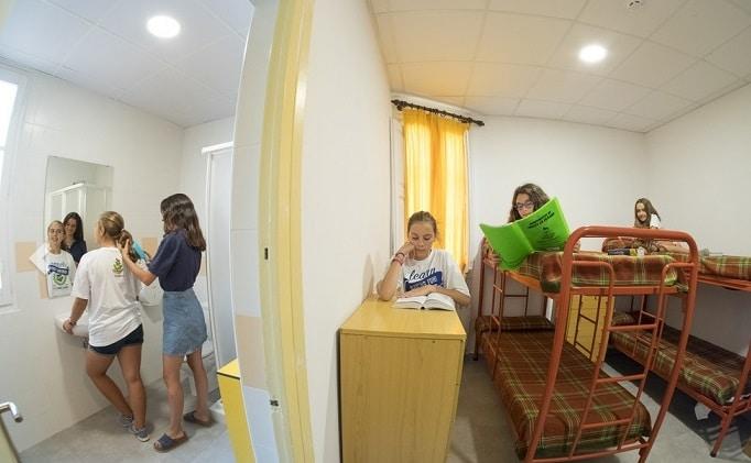 Campamento de inglés y multiactividad en Poblet