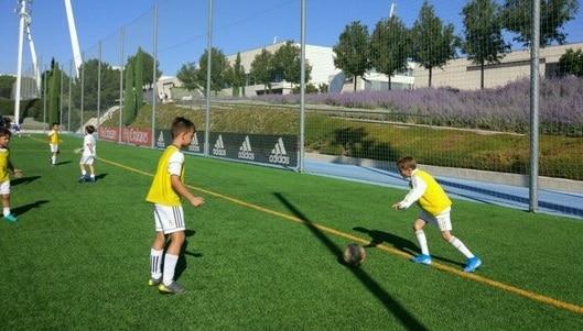 Fundación Real Madrid Campus Experience Fútbol y Gaming Responsable – Internos
