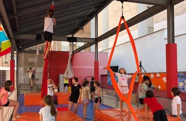 Campamento urbano de danza y aéreo