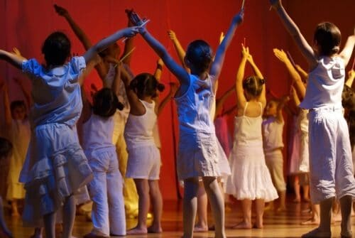 Campamento Urbano Artístico de Teatro Musical